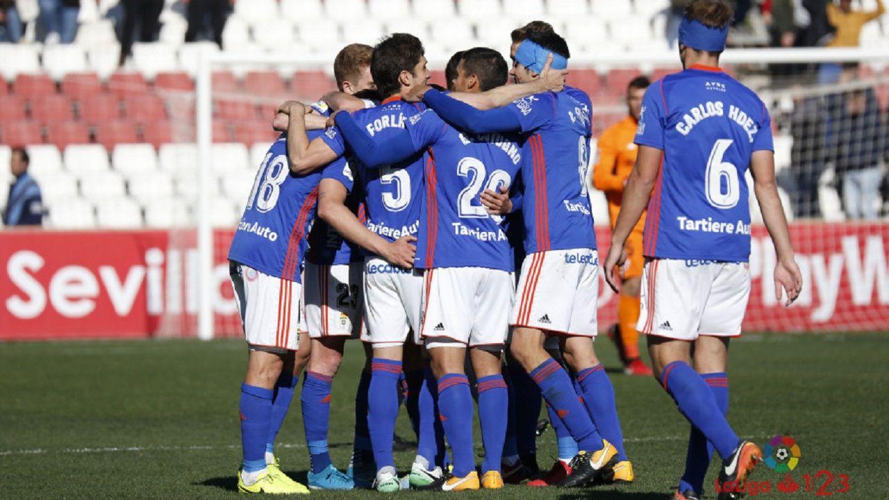 Real Oviedo Sevilla Atletico.Los futbolistas del Real Oviedo celebran la victoria frente al Sevilla Atlético