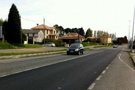 En Santa Cruz de Montaos han asfaltado esta semana.