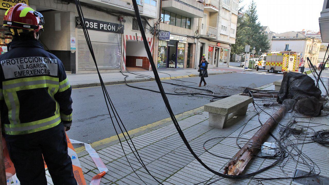 Incidente durante la presentación de la exposición de Julio Verne en el marco.Luis González Fernández