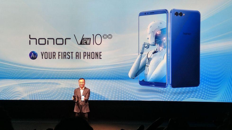 George Zhao, presidente de Honor, durante la presentación de los nuevos «smartphones» de la compañía, celebrada en Londres
