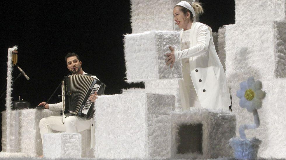 .Baobab representa «Pum, pum» esta tarde en el teatro Lauro Olmo de O Barco de Valdeorras