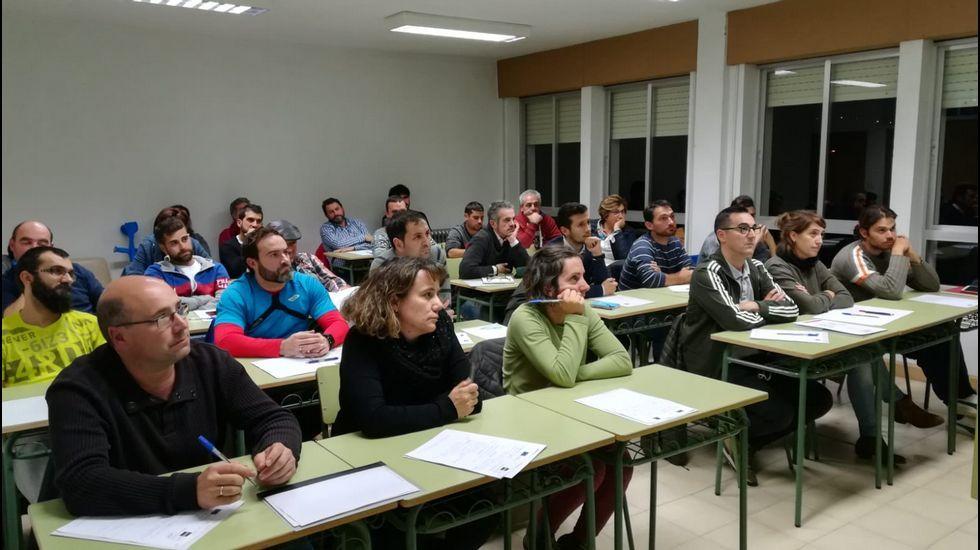 «No debería ser noticia que una gitana apruebe la ESO».Ruta didáctica ambiental por el Macizo Central de la provincia de Ourense
