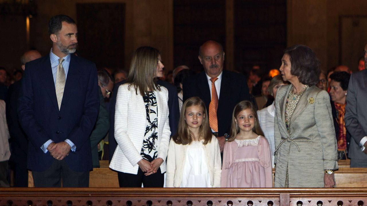 Año 2015: El rey Juan Carlos,ausente. La infanta Elena tampoco asiste