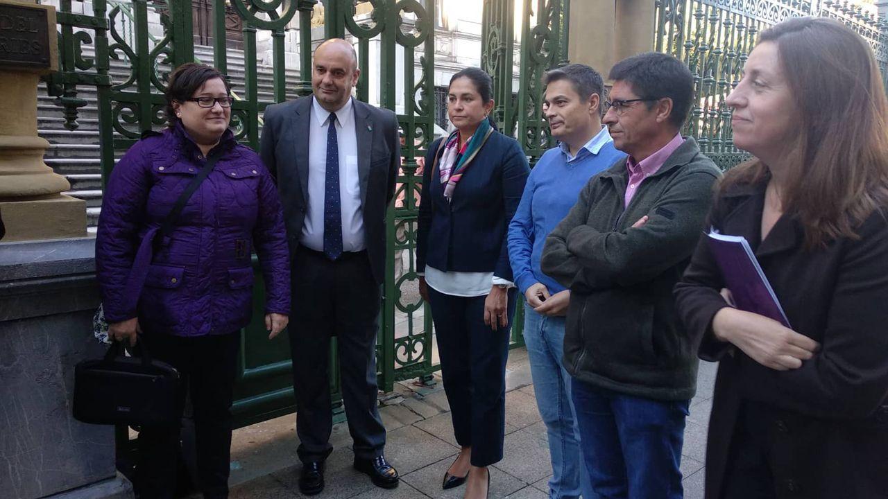Ezequiela Rodríguez,  Pedro Leal, Carmen Fernández, Pedro de Rueda, Armando Fernández y Lorena Gil Álvarez