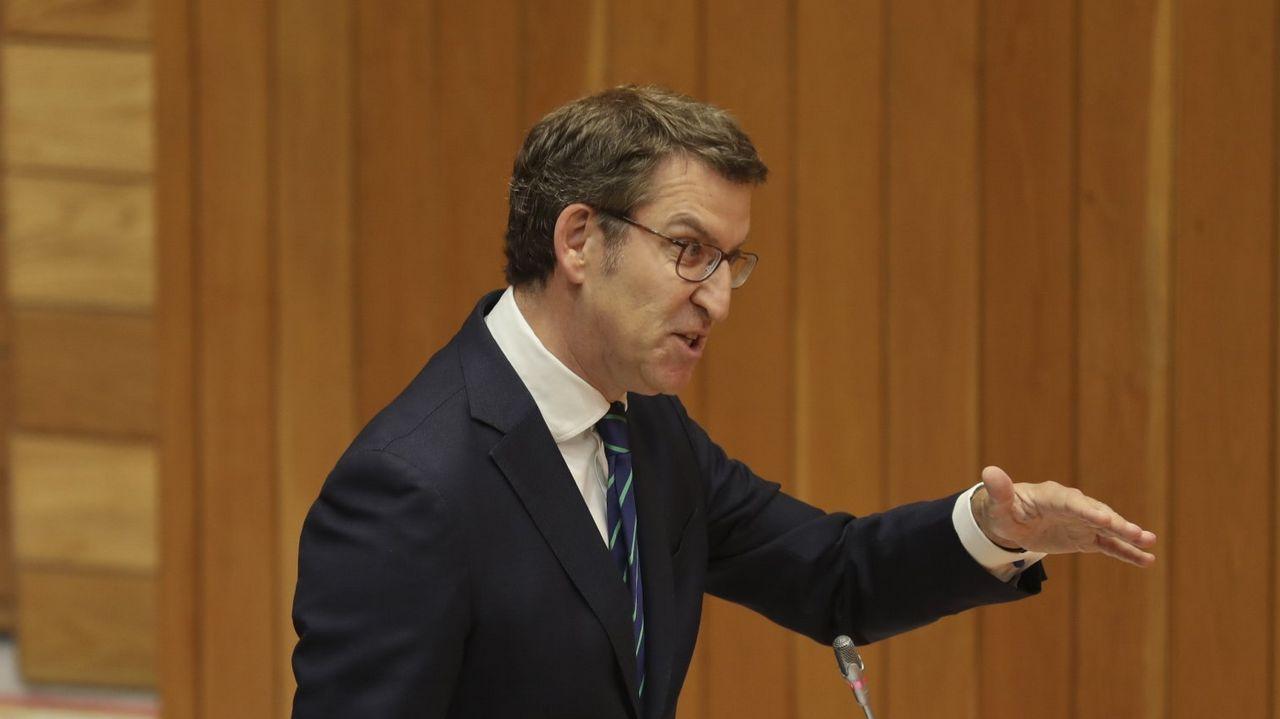 Sáenz de Santamaría: «Sé lo que es estar en el Gobierno y también en la oposición».Frialdad entre Sáenz de Santamaría y Cospedal en el acto en Madrid de la fiesta del Dos de Mayo