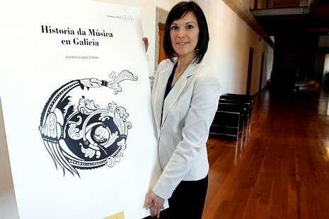 Lorena López presentó la «Historia da Música en Galicia».