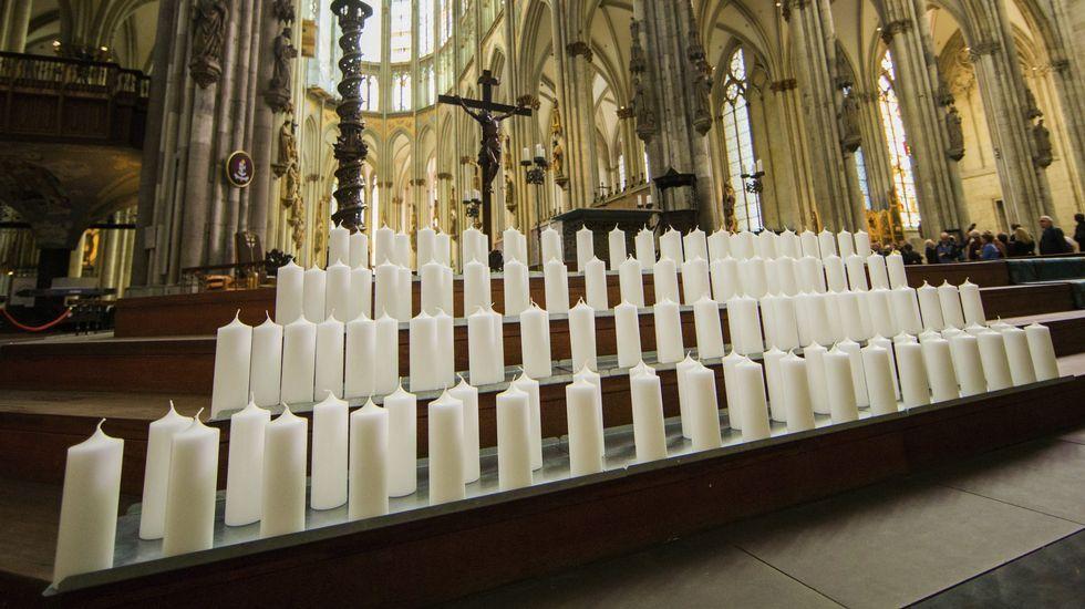 Funeral de Estado por las víctimas del siniestro de Germanwings.García Alcón estará mañana en la Academia de Medicina.