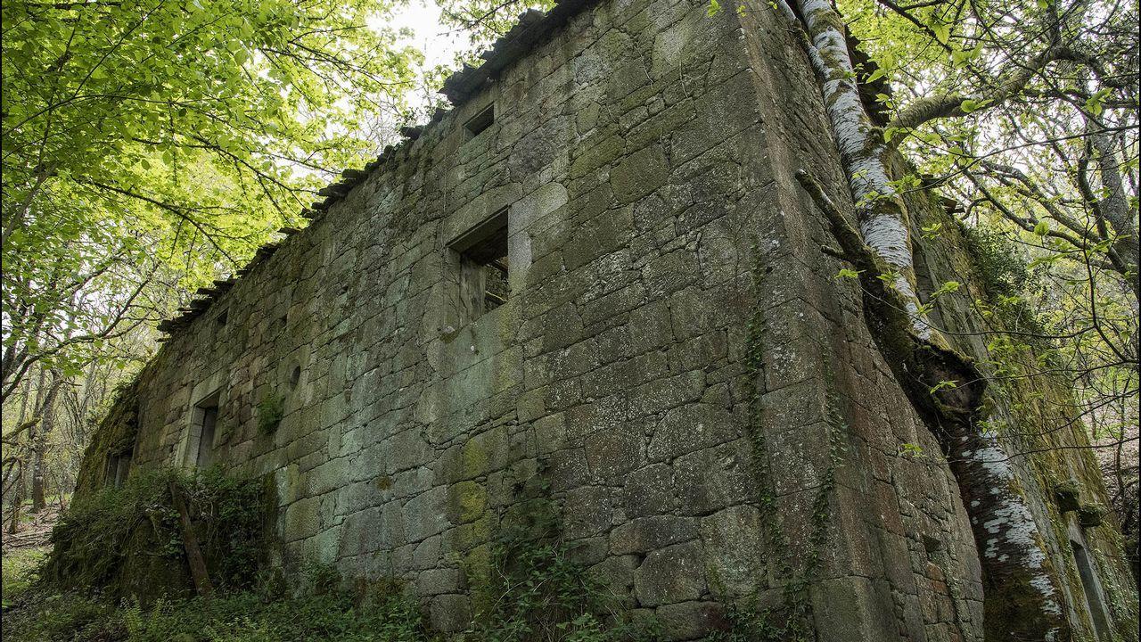 Otra vista de la Casa de Casandiño, construida en bloques bien labrados de cantería