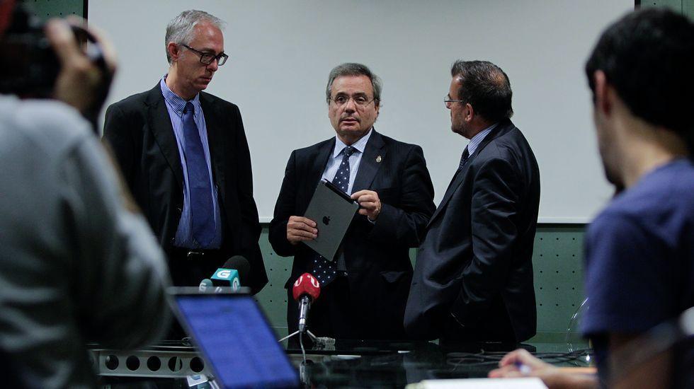 El coordinador de trasplantes del HULA, Francisco García Novio, en la intervención de ayer.