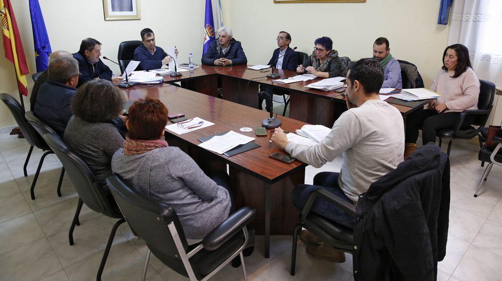 Isaac Vila, Antonio Fernández e Manuel Cabas, candidatos al PP de Xinzo