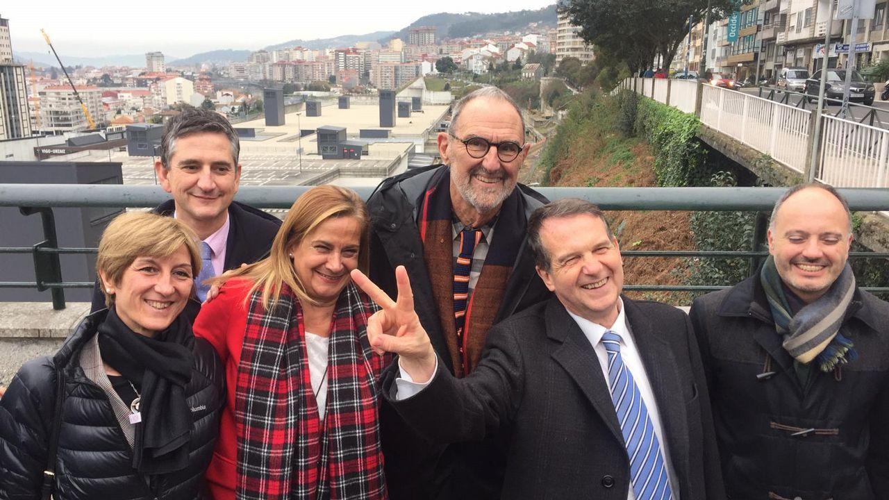 La ministra Reyes Maroto, de compras por Vigo.Obras de humanización en Vía Norte