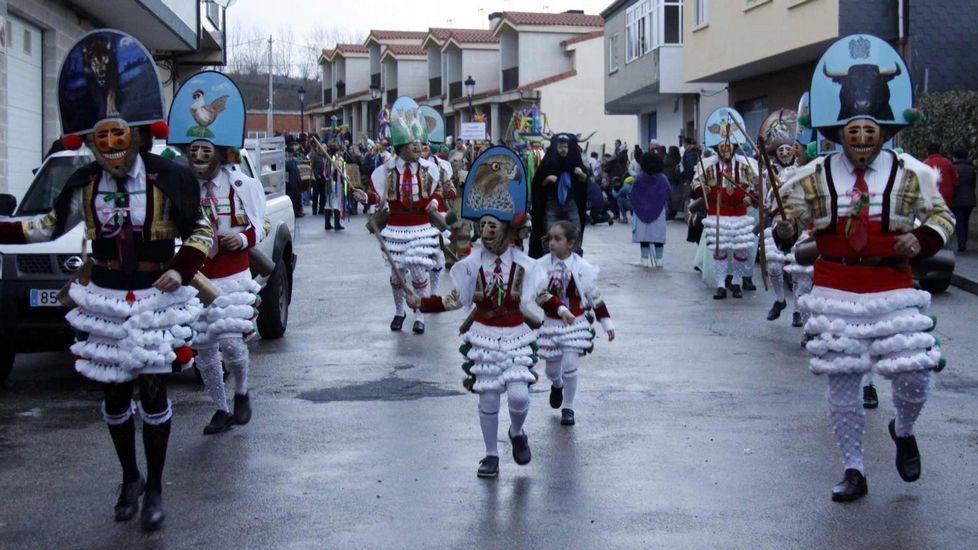 Los cigarrones de Verín estuvieron el sábado en Viana do Bolo y el domingo en Vilariño de Conso