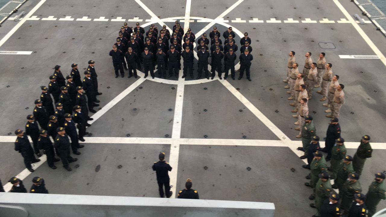 Dos unidades ferrolanas en un ejercicio histórico de la OTAN.ENTREGA DE LA FRAGATA EL 29 DE SEPTIEMBRE DEL 2009