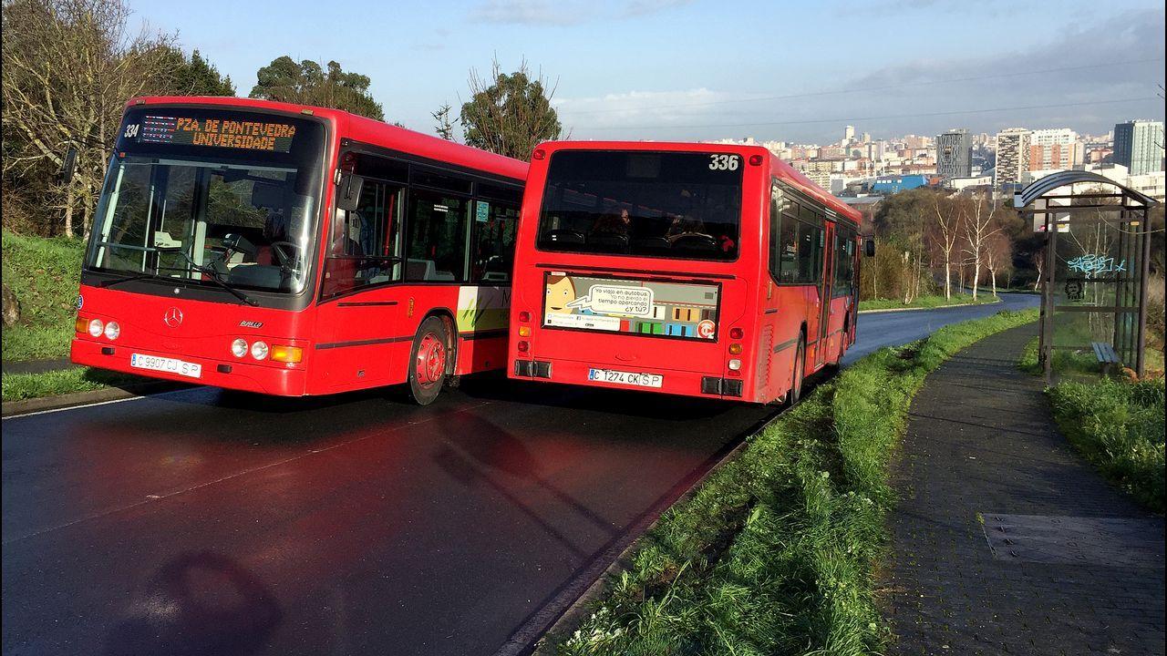 Castro de Elviña: apenas caben dos buses