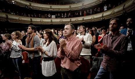 La gala de los premios María Casares, en imágenes.<span lang= es-es >Homenaxe a Pico</span>. Un dos intres máis emotivos da noite do xoves foi a homenaxe ao falecido Xosé Manuel Olveira, «Pico».