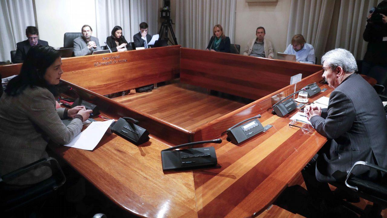 emprego.El exconsejero Industria del Principado Graciano Torre (d) durante su comparecencia en la Junta General ante la comisión parlamentaria que investiga los cursos de formación de UGT