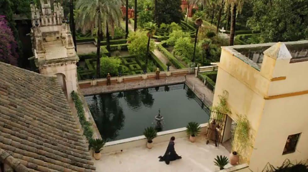 Juego de tronos: El tráiler del segundo episodio muestra las primeras imágenes rodadas en España.Jon Snow ante la oferta más tentadora de su vida