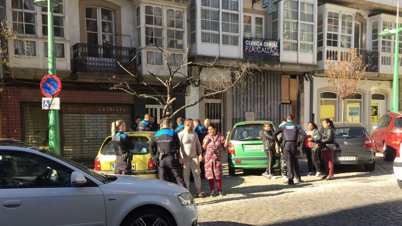 Desarticulado un grupo de proxenetas que explotaba a mujeres venezolanas en pisos turísticos.Imagen de la casa en la que creció la hija de la mujer que fue hallada muerta en A Coruña