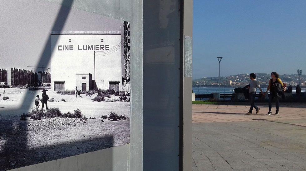 La gala de apertura del FICX54, en imágenes.Una de las fotografías de  Platea , en el Naútico de Gijón