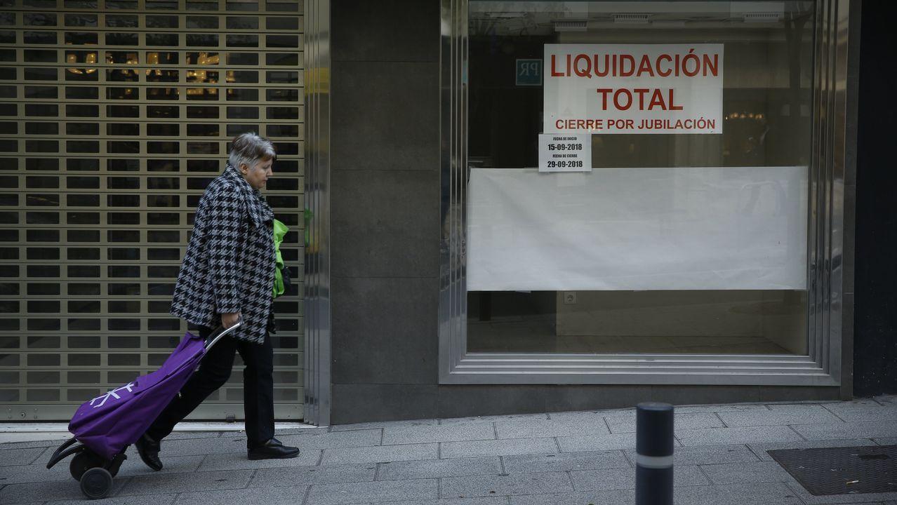 Masivo y bronco plenario de En Marea.Hostelería y construcción son los sectores que aglutinan más mano de obra portuguesa en Galicia