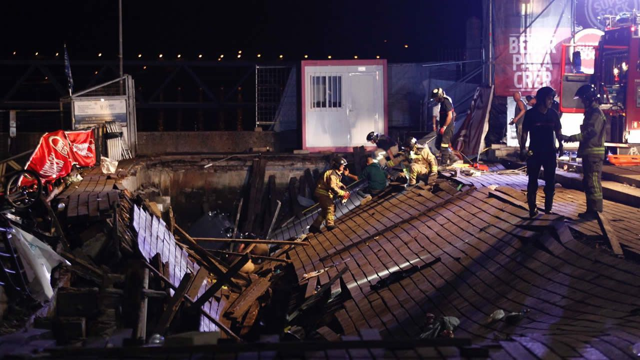 Momentos de angustia tras el derrumbe en O Marisquiño