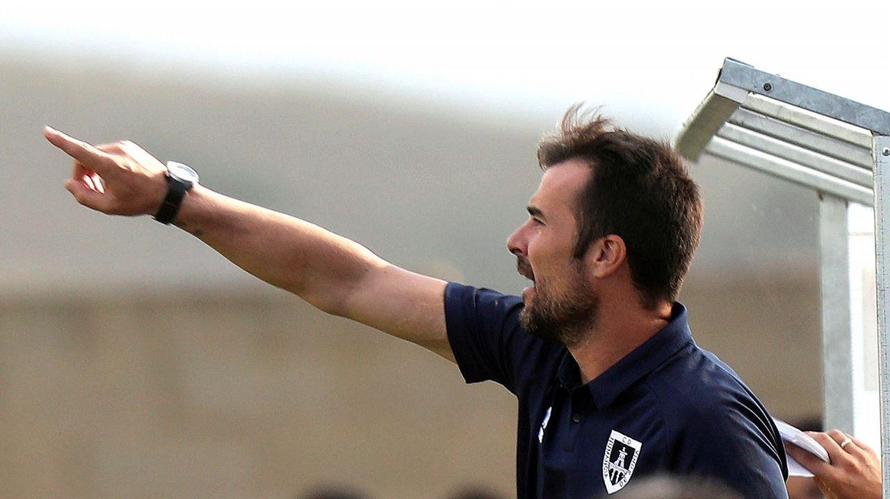 El Deportivo - Numancia en imágenes.Imagen del Dépor-Reus disputado en octubre en Riazor y que acabó con triunfo coruñés por 2-0