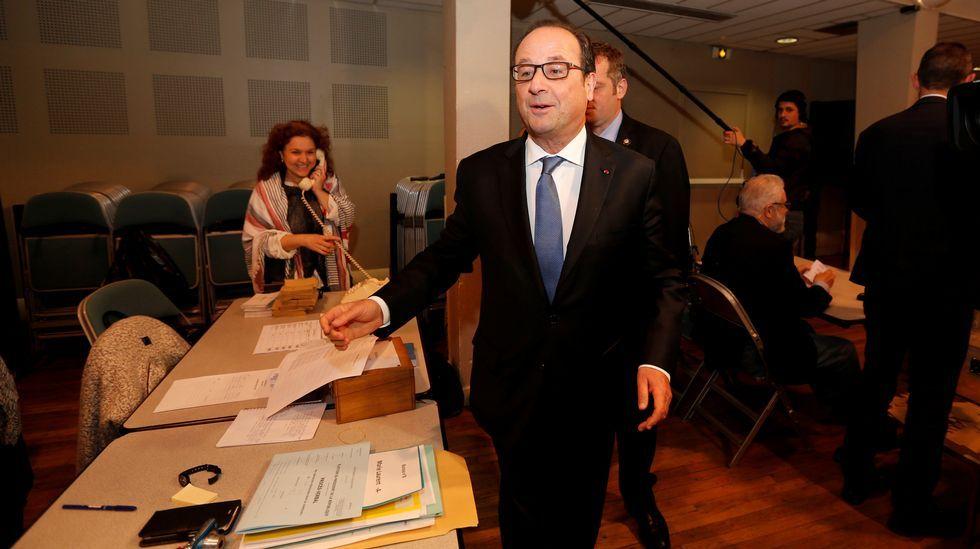 Hollande votó en Tulle, localidad de la que fue alcalde