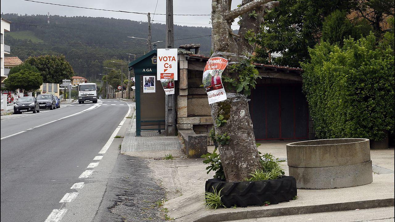 Carteles electorales en los lugares más insospechados