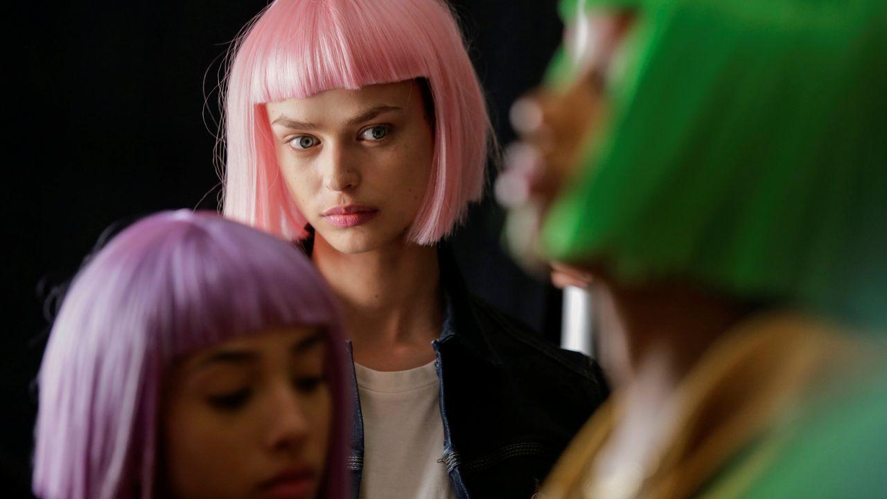 Modelos, listas para salir a desfilar en la Semana de la Moda de Nueva York