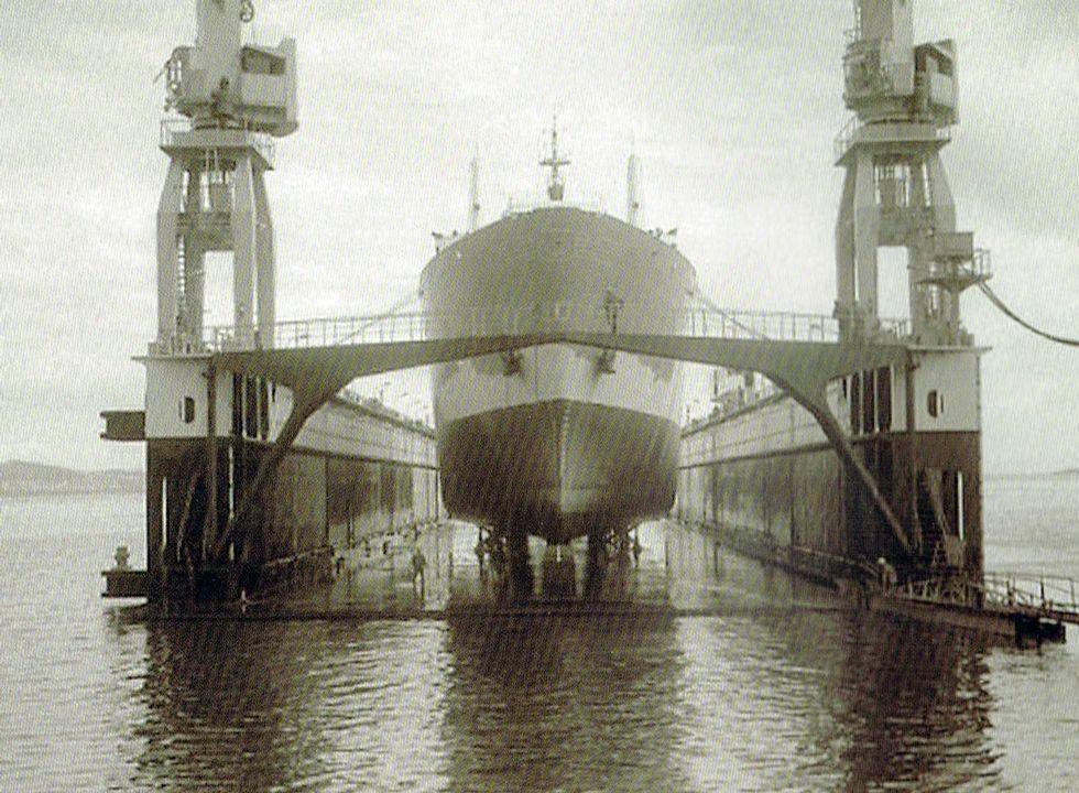 Vulcano finalmente tuvo solo un año el dique flotante.