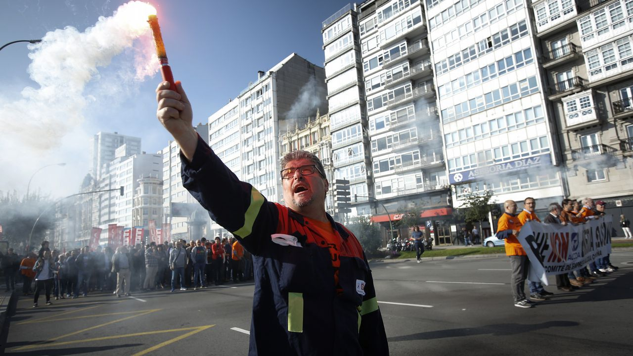 La protesta contra el cierre de Alcoa, en imágenes.Teresa Sanjurjo