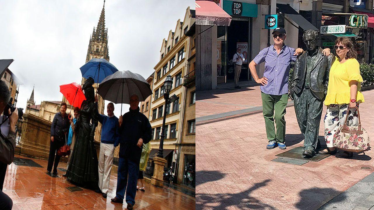 Oviedo centro turistas.El tiempo en Asturias suele ser inestable pero los turistas se adaptan