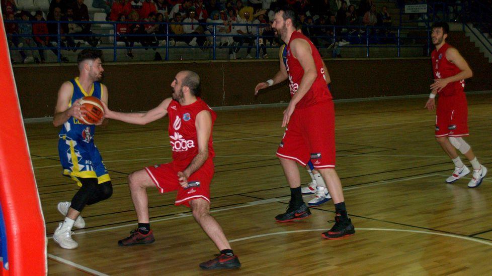 ¡Mira en imágenes la jornada de baby basket celebrada en Carballo!