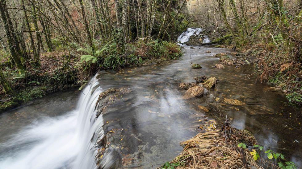 A lo largo de la ruta hay varias presas que en tiempos servían para regar los prados