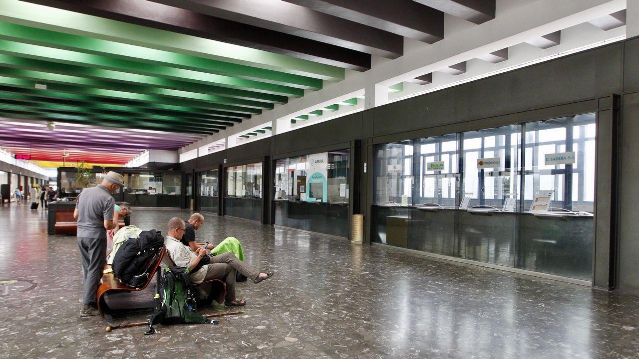 .Estación de autobuses de Santiago durante la jornada de huelga