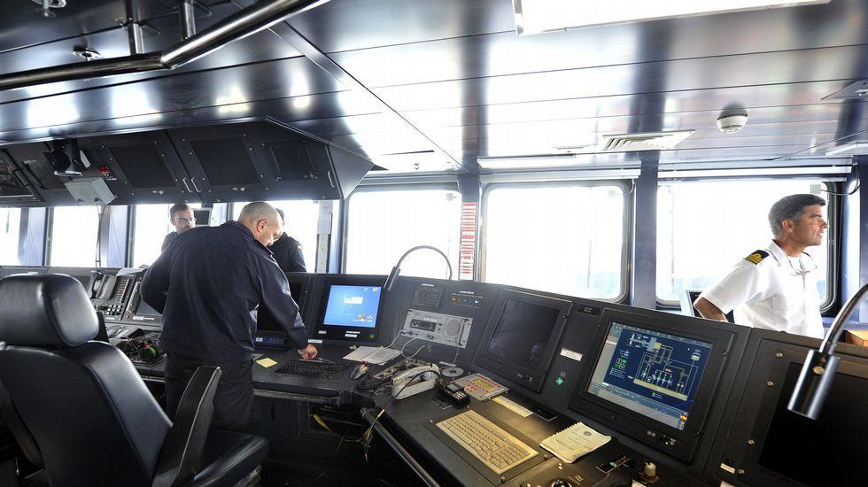 .Vista del puente de mando del «Cantabria»