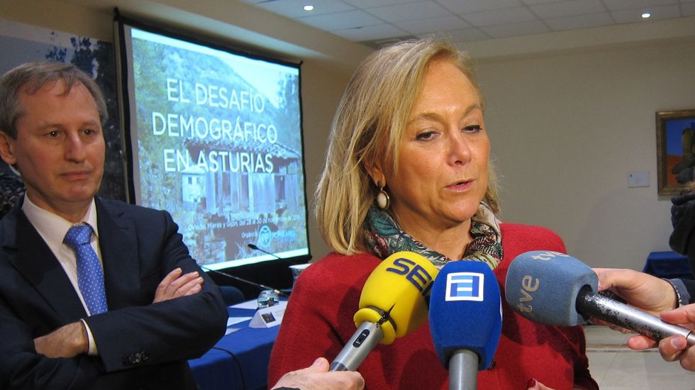Mercedes Fernández.Mercedes Fernández