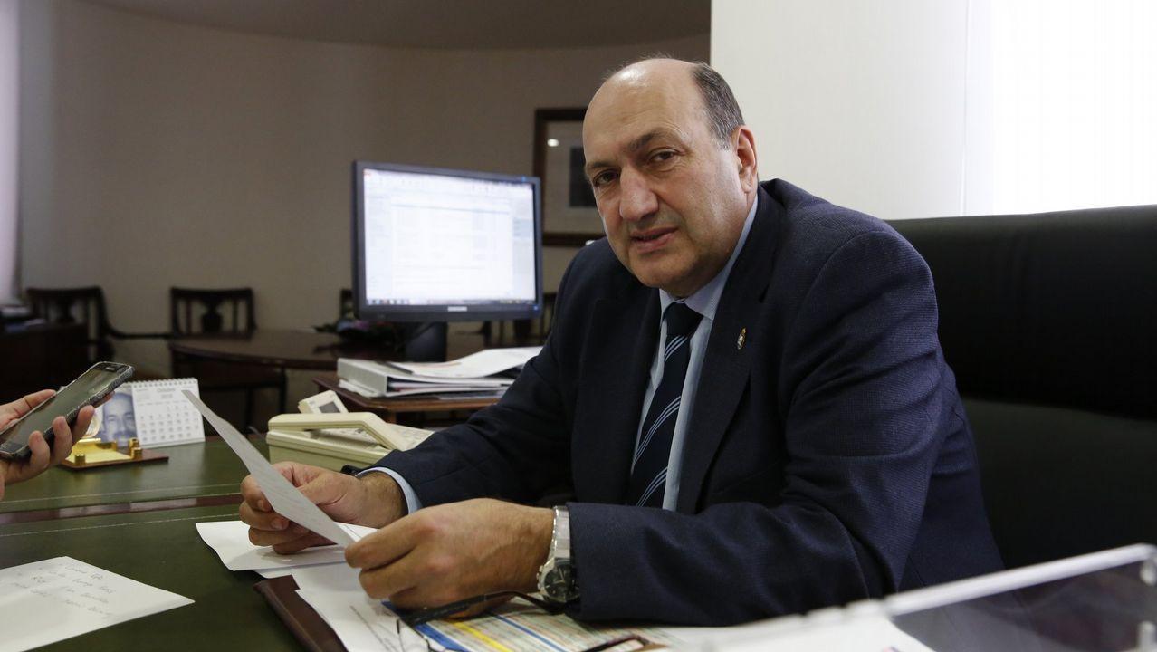 ROGELIO MARTÍNEZ (exdelegado de la Xunta): Arrastra desde finales de los años noventa acusaciones y el encausamiento por gestiones como alcalde en Arnoia. Aún no se celebró juicio