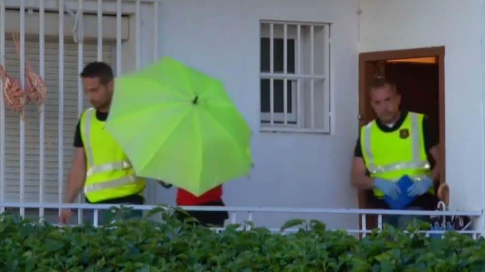 La demanda de banderas de Tabarnia se dispara en Cataluña.Registro de la casa de la Guardia Urbana encarcelada