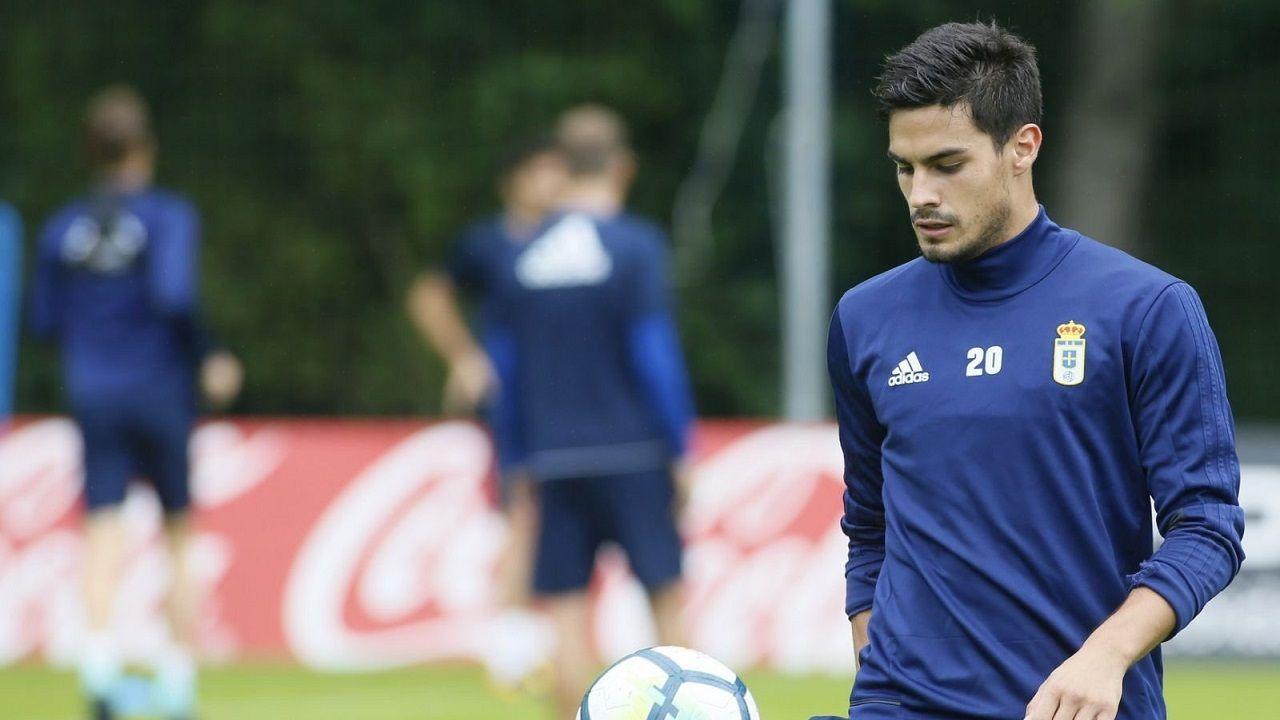 Guillermo Cotugno durante un entrenamiento con el Real Oviedo