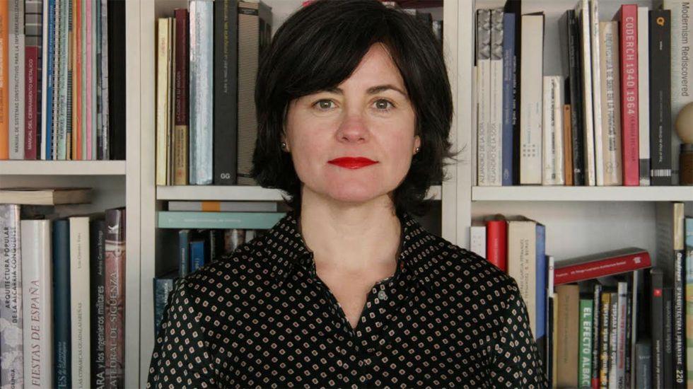 Pacientes en el HUCA.Sonia Puente, decana del Colegio de Arquitectos de Asturias