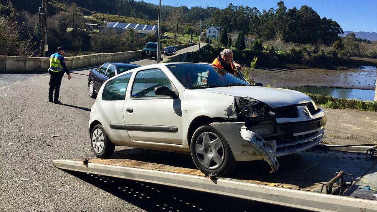 Uno de los vehículos implicados en el siniestro de Ortigueira