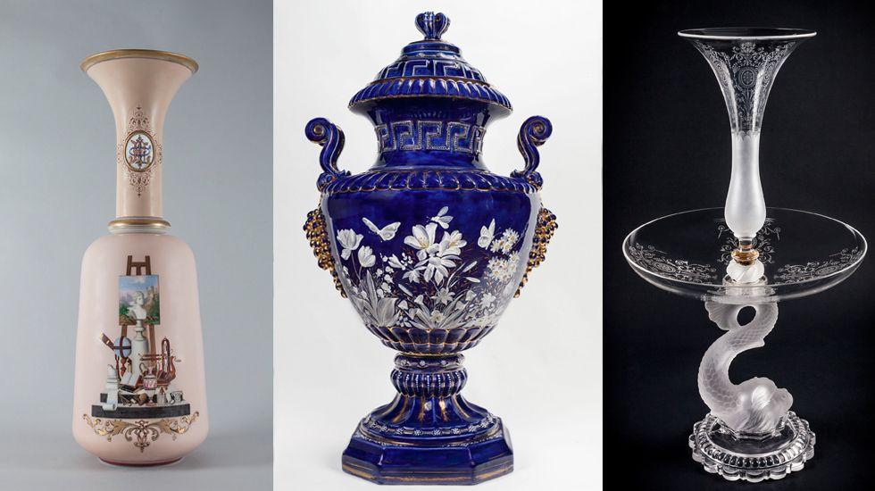 La colección municipal gijonesa: mucho más que pintura.Una visitante abandona el Museo Casa Natal de Jovellanos