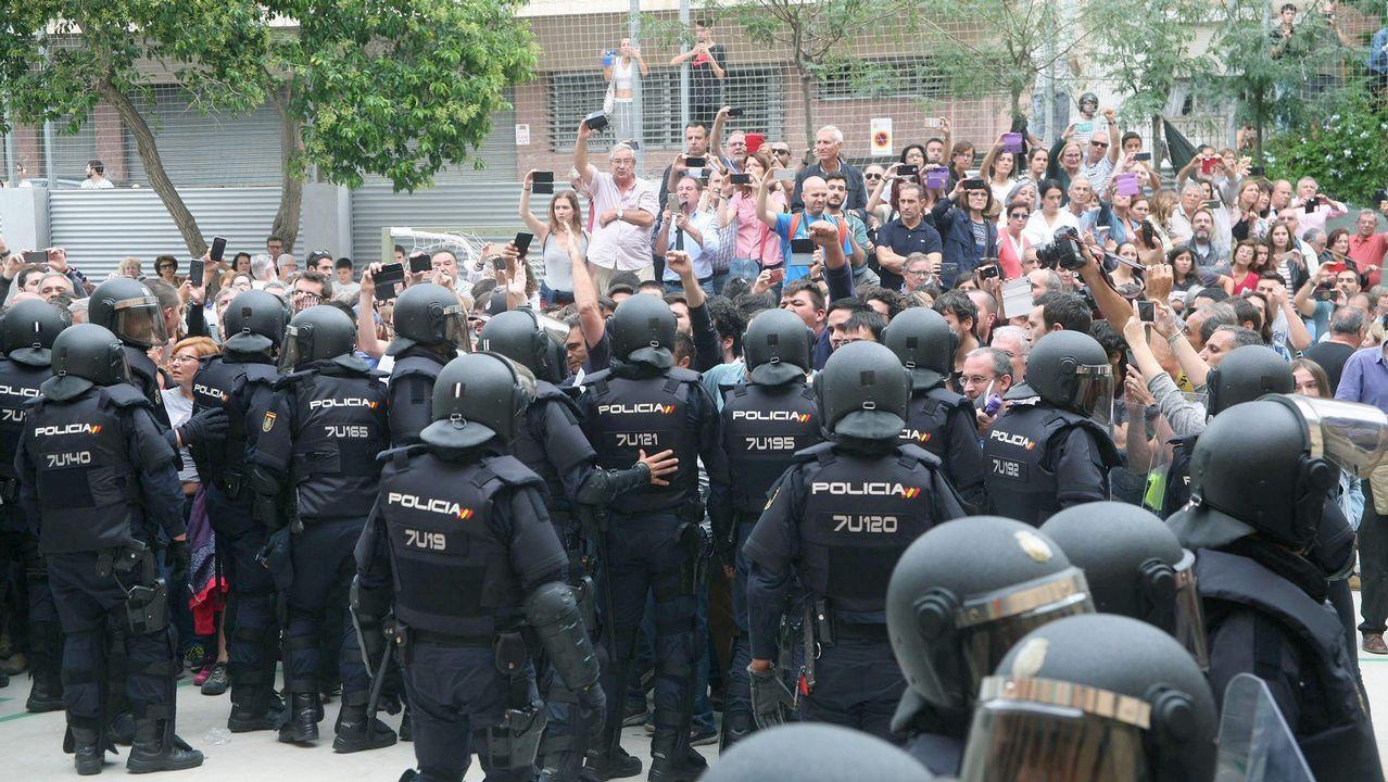 Cordón policial en Tarragona.