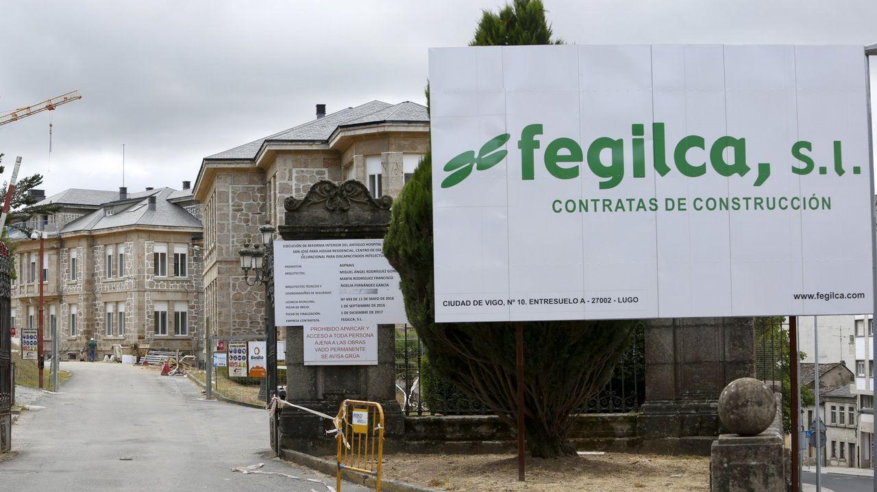 El paro sube en 20.441 personas en septiembre por el fin de la temporada estival.Batería de cock de ArcelorMittal en Gijón