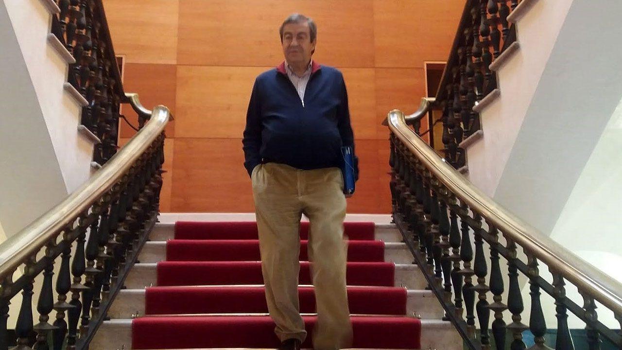 Llegada de Ábalos a Gijón.Francisco Álvarez-Cascos, tras su comparecencia en la comisión municipal por el 'caso Enredadera'
