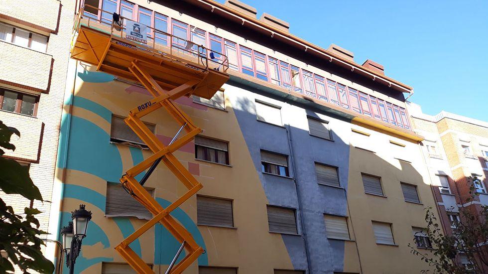 .Los primeros toques de la obra de Anna Taratiel en Ciudad Naranco
