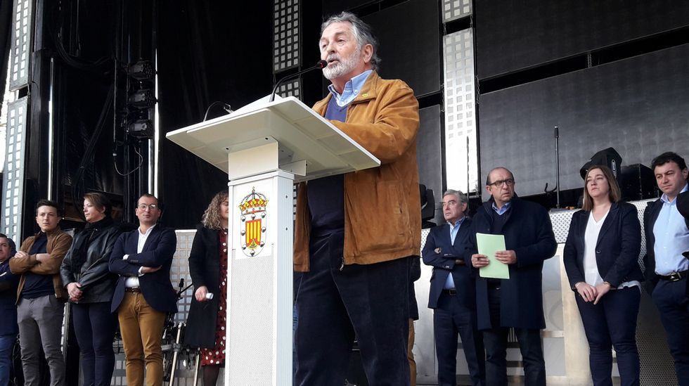 José David Fidalgo, directivo de la Casa de Galicia de Bilbao, pronunció el pregón de la Festa do Caldo de Ósos