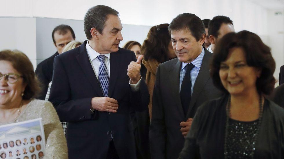 Susana Díaz: «Queremos volver a ser lo que fuimos».Matilde Fernández, en Avilés