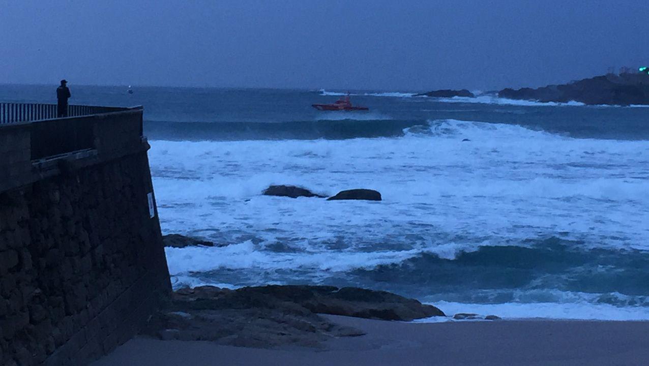 El viernes, los rastreos por tierra, mar y aire se prolongaron durante más de 12 horas